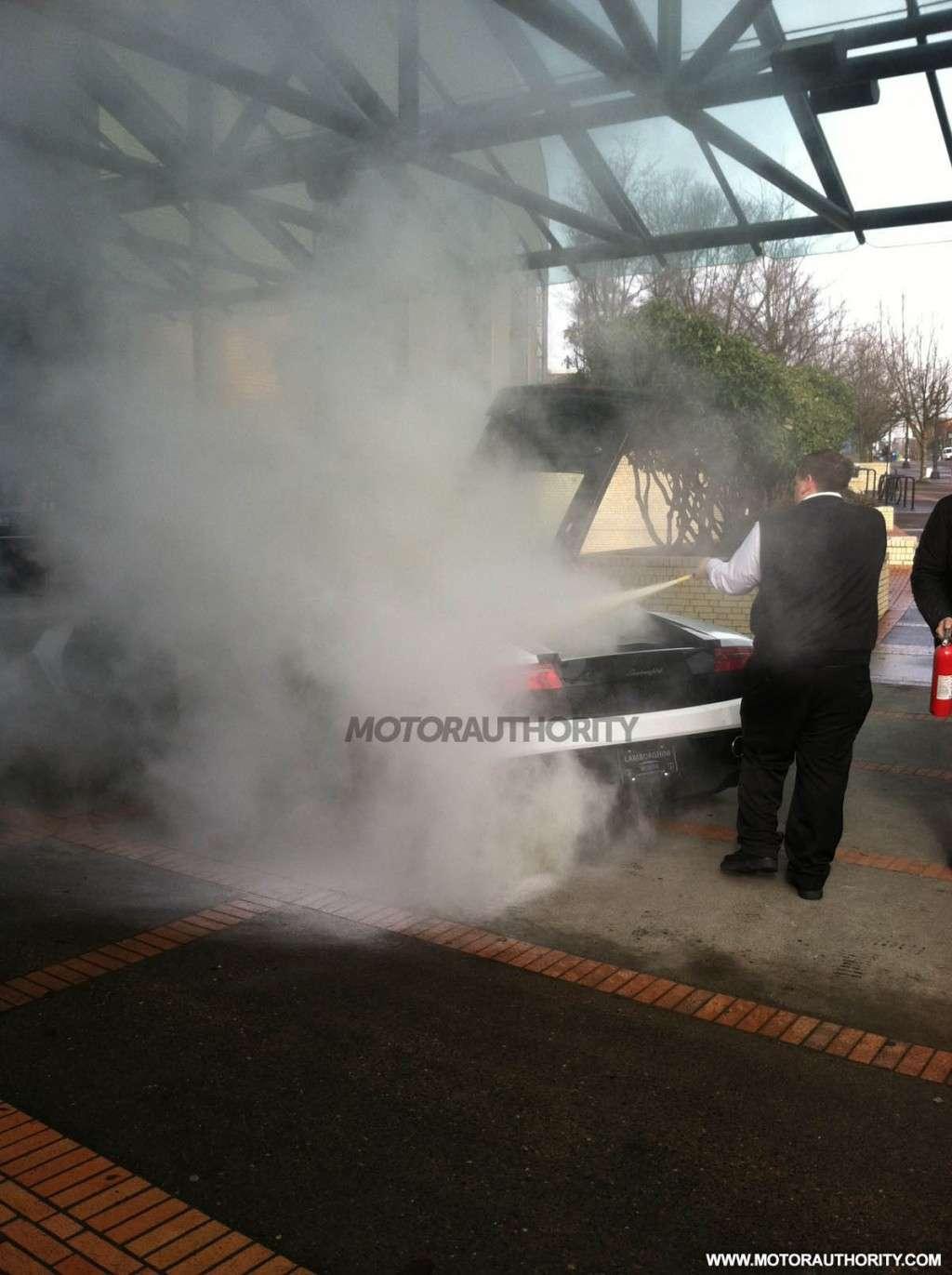 Lamborghini Gallardo pozar motor show ameryka styczen 2012