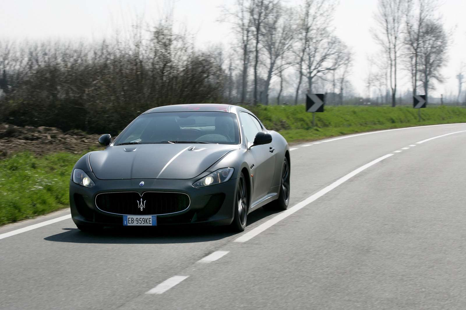 Maserati Gran Coupe fot dziecko policja styczen 2012