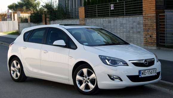 Opel Astra IV 1,4 Turbo Enjoy test