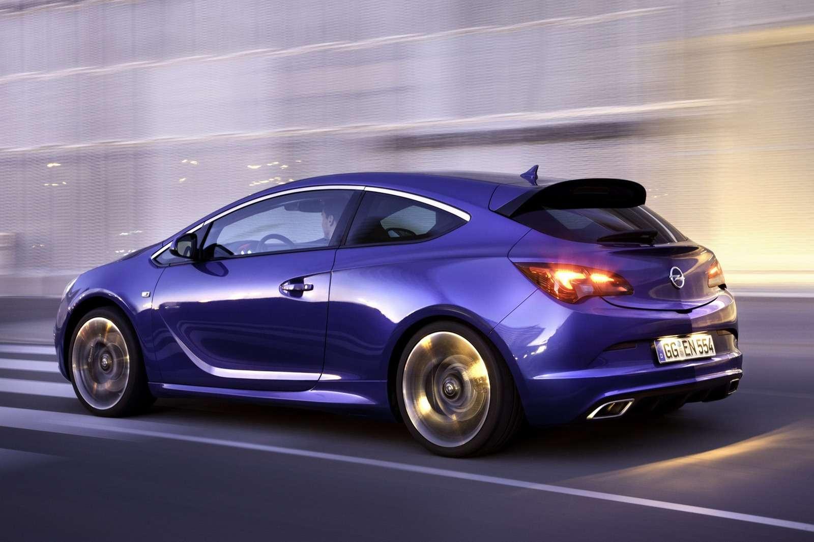 Opel Astra OPC Hot Hatch 280 KM luty 2012