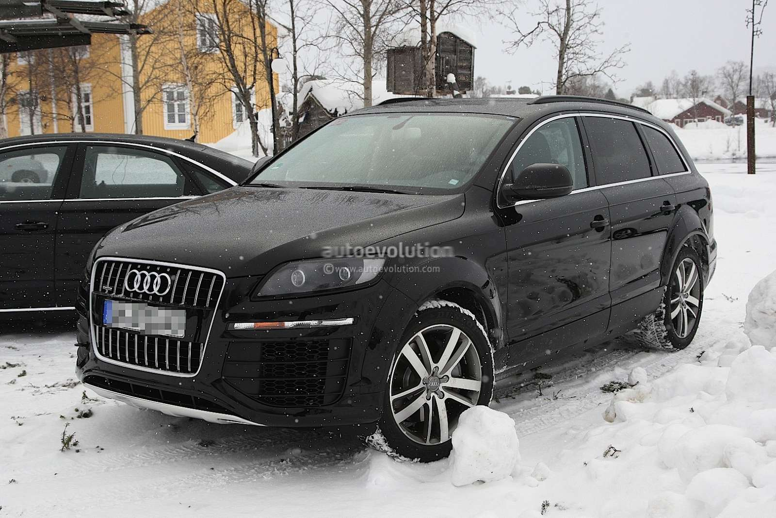 2013 Audi Q7 drugiej generacji szpiegowskie