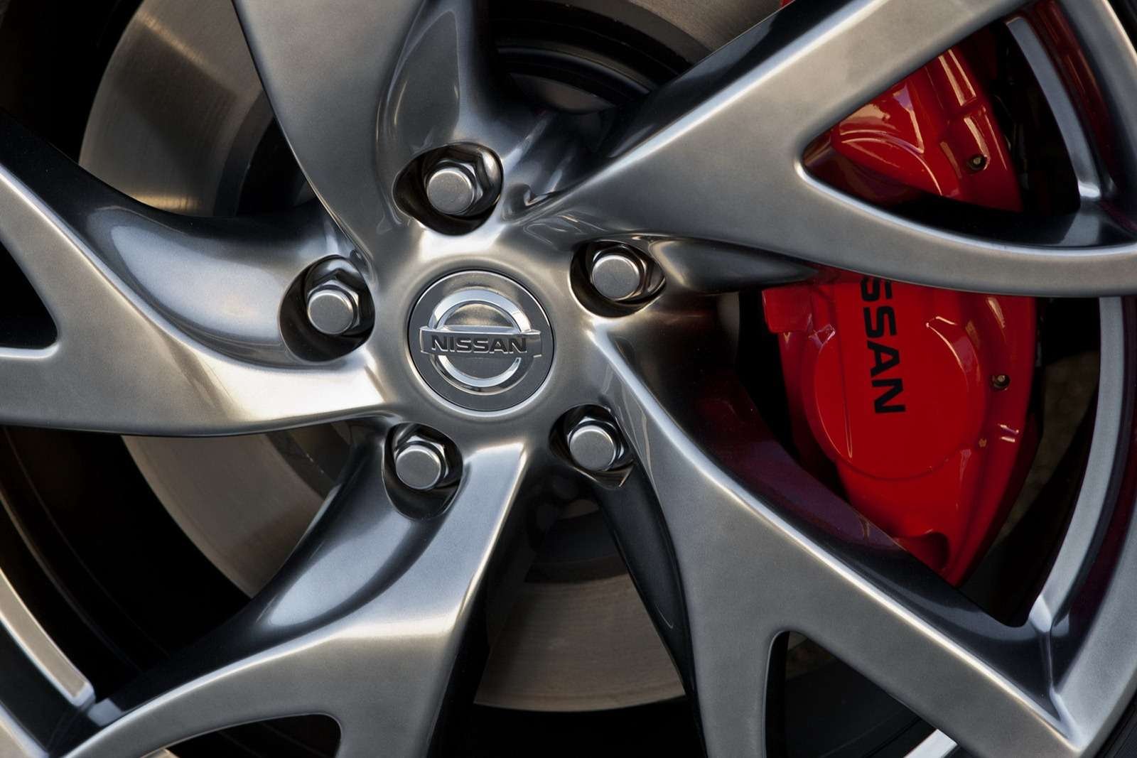 Nissan 370Z facelifting fot luty 2012