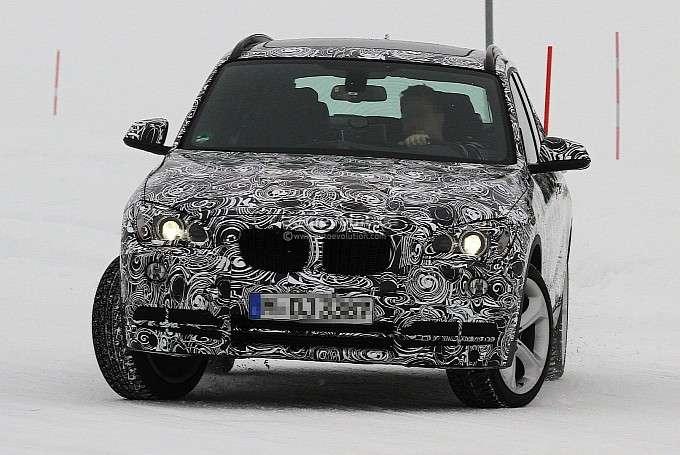 BMW X1 facelift luty 2012