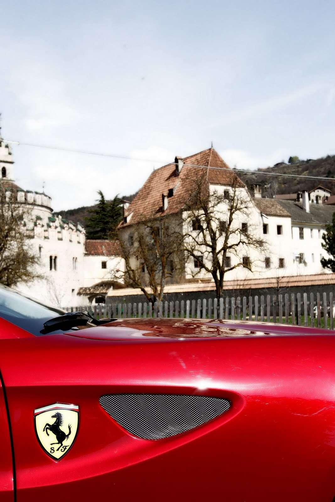 Ferrari FF dolomity Maj 2011