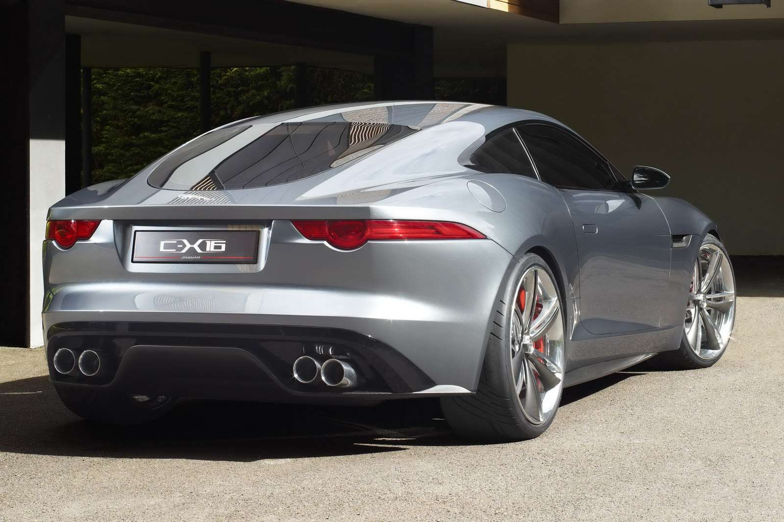 Jaguar C-X16 oficjalnie fot wrzesien 2011