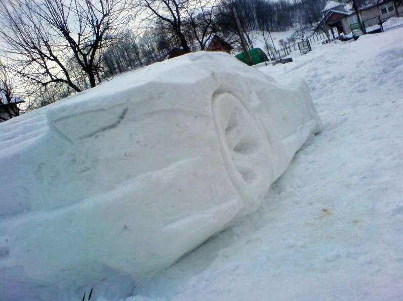 Lamborghini Aventador snow ze sniegu