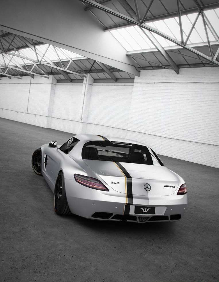 Mercedes SLS AMG Silver Wing od Wheelsandmore luty 2012