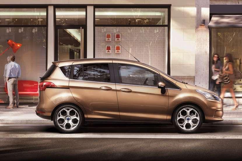 Nowy Ford B-MAX luty 2012