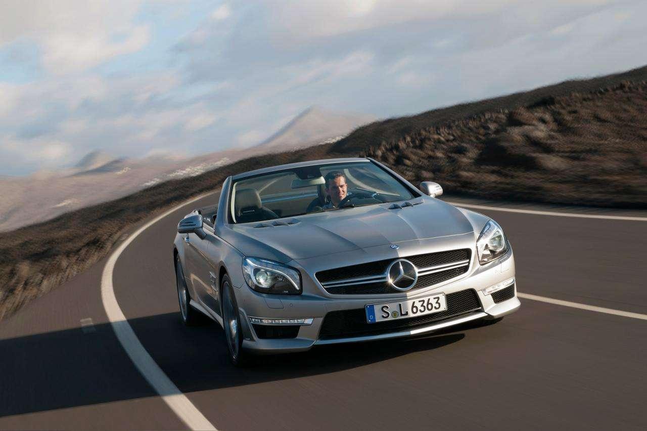 Nowy Mercedes SL63 AMG photo