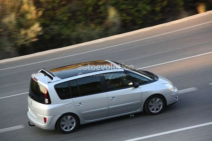 Renault Espeace fot szpieg styczen 2012