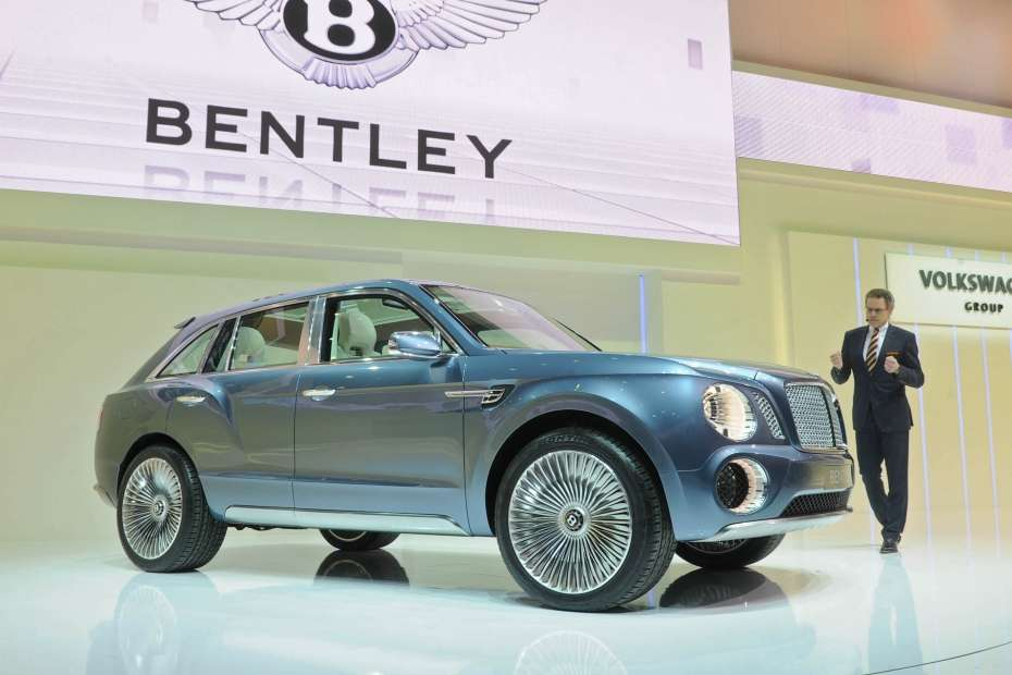 Bentley EXP 9 F SUV Concept Genewa 2012