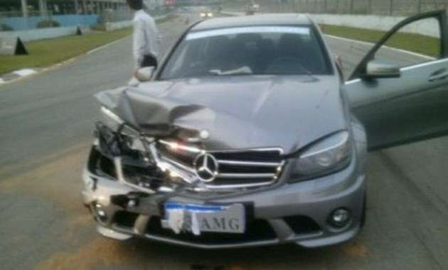 Mercedes C63 AMG crash