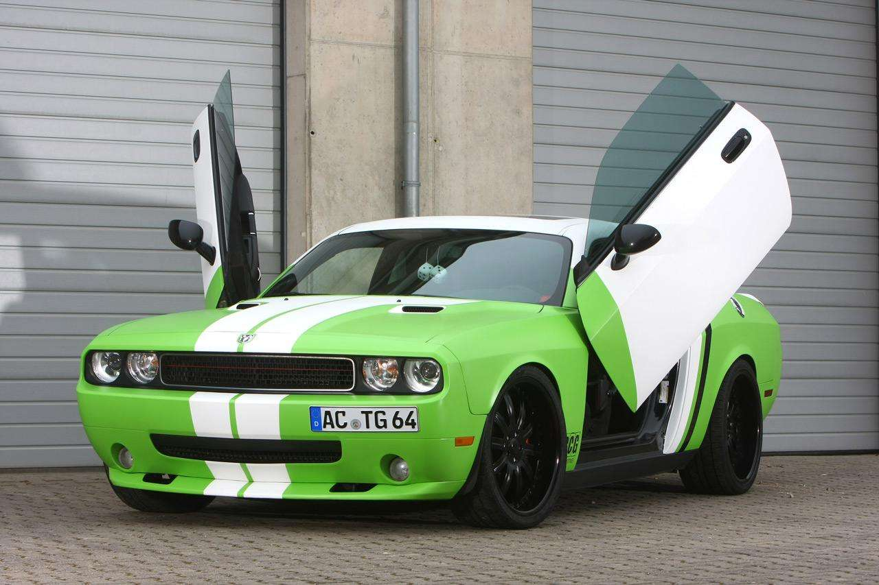 Dodge Challenger SRT-8 od CCG Automotive