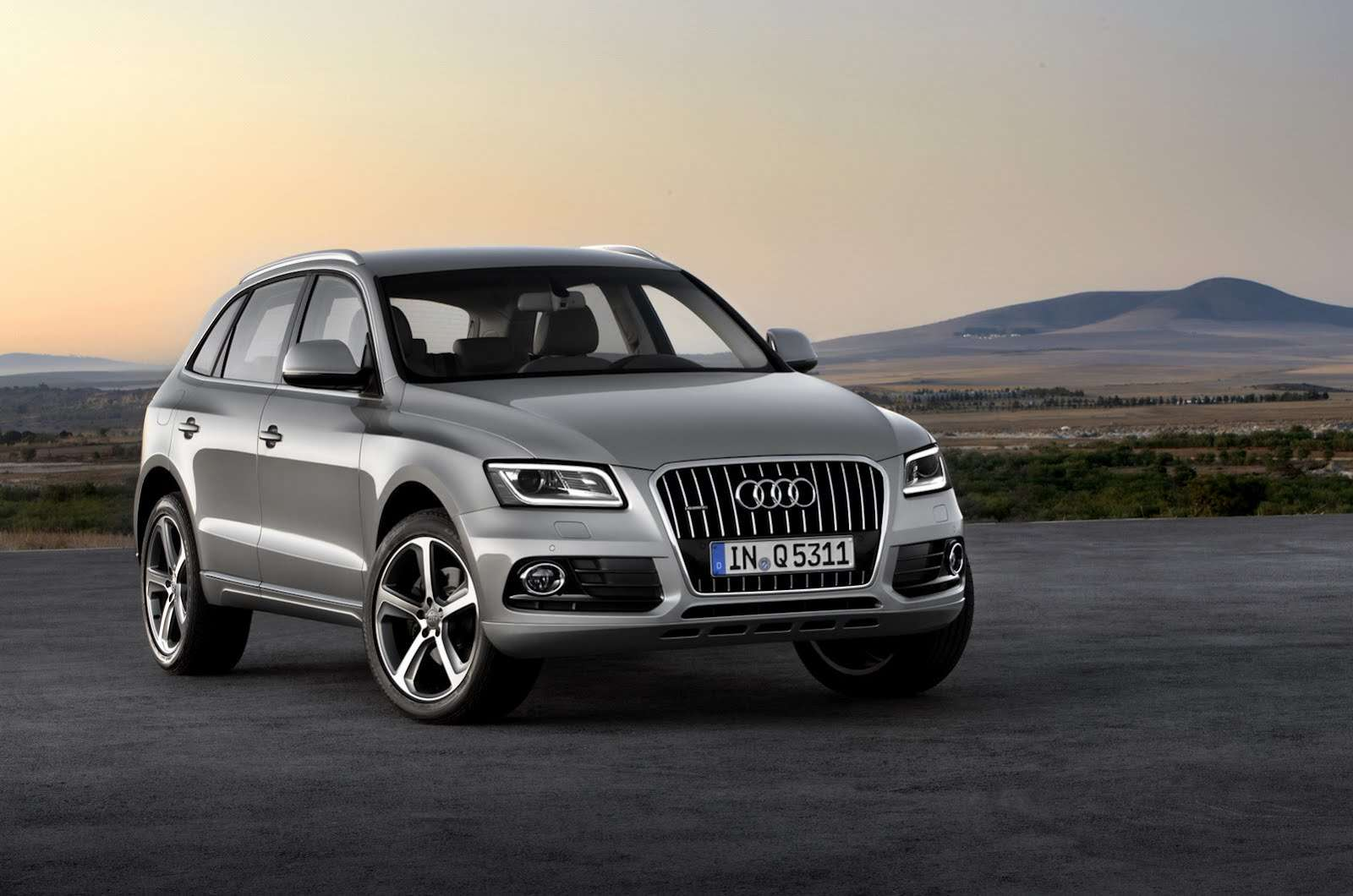 Audi Q5 model 2013 facelift