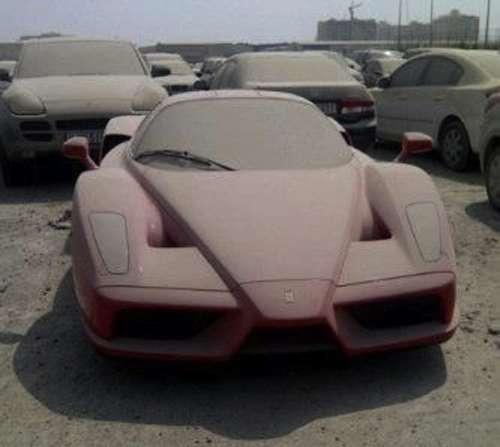 Ferrari Enzo Dubaj