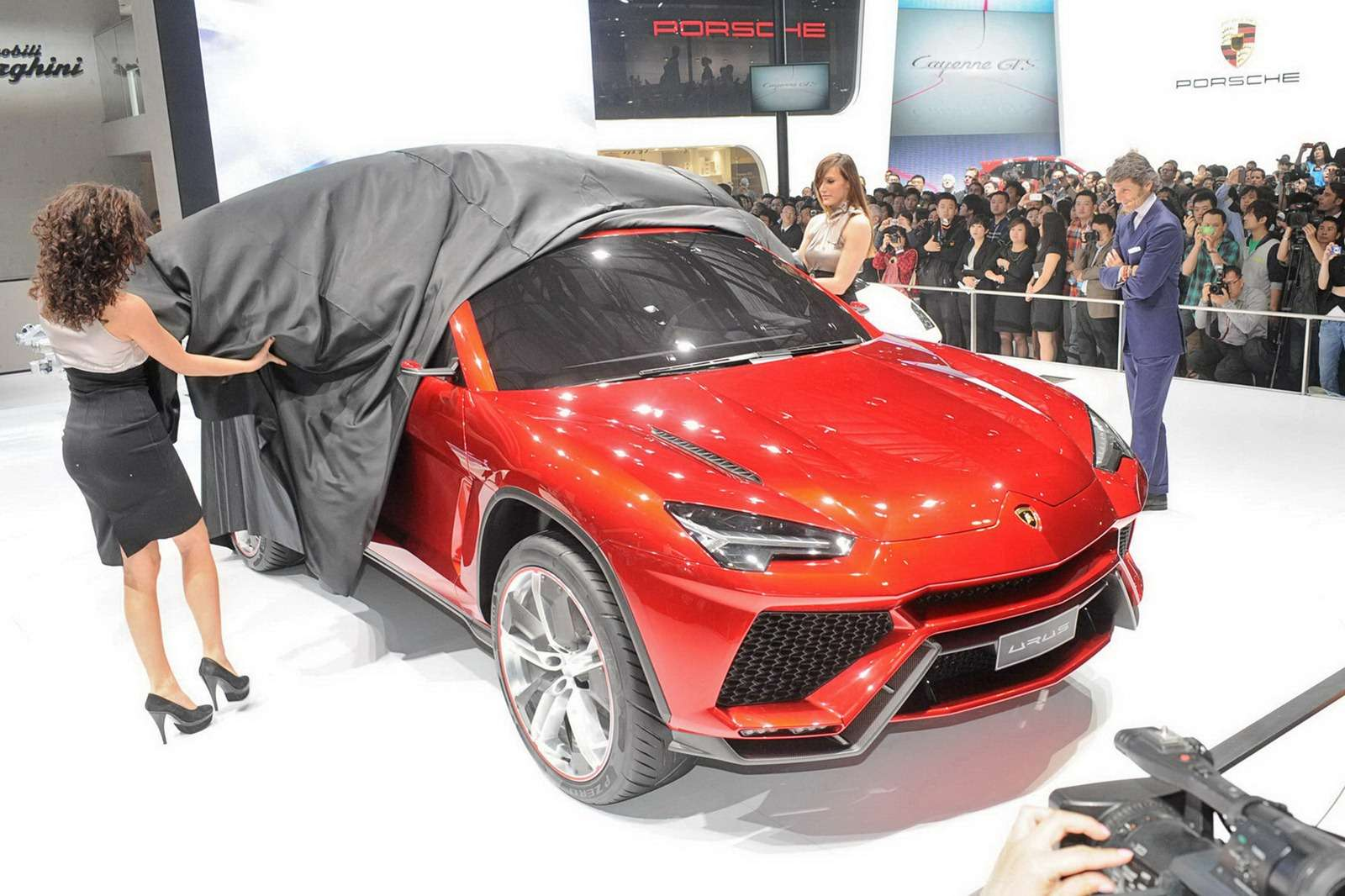 Lamborghini Urus Concept Pekin 2012
