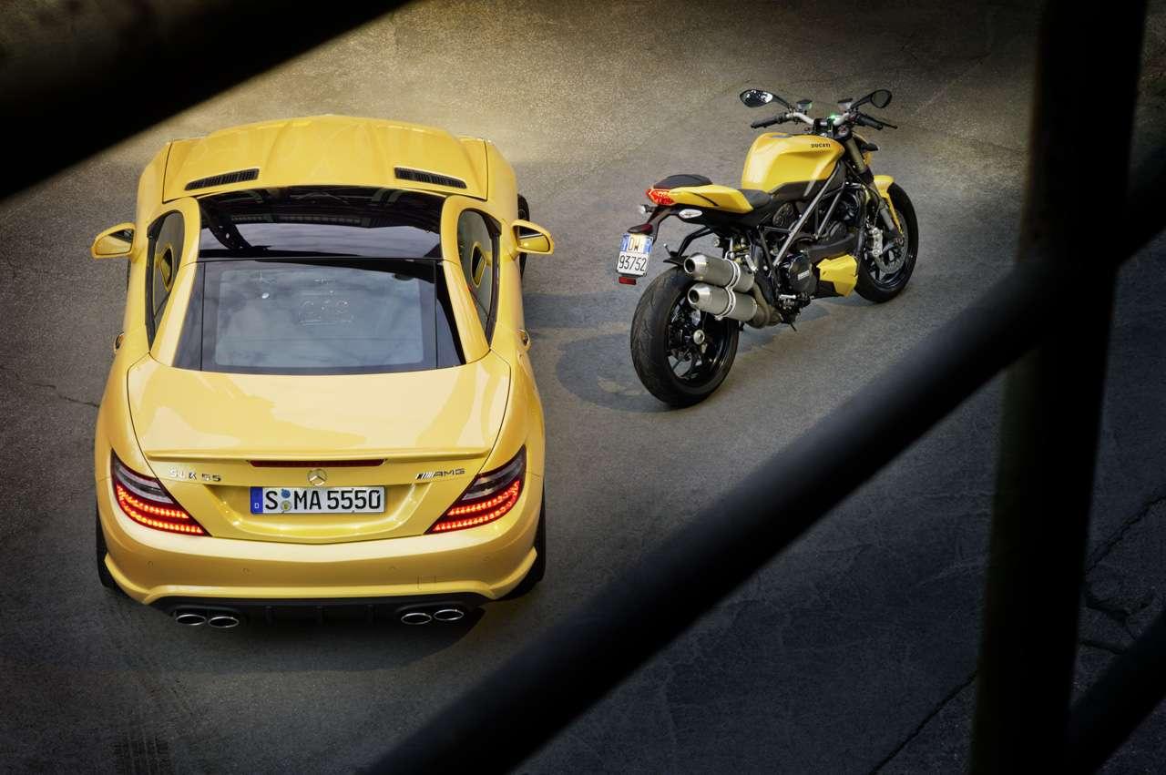 SLK 55 AMG und Ducati