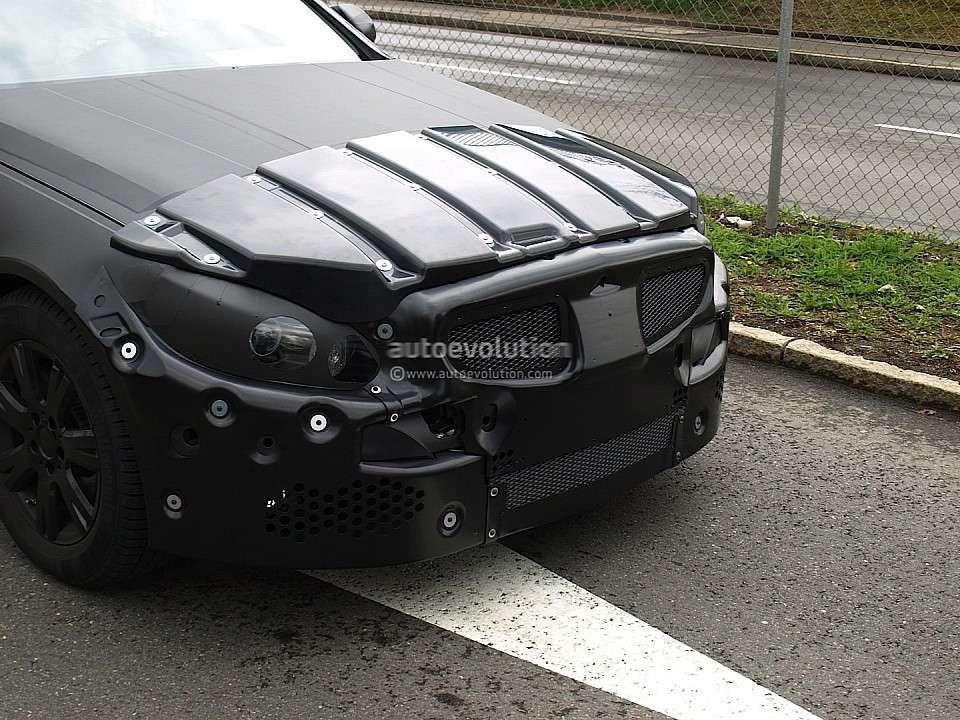 Mercedes klasy C model 2014 szpiegowskie