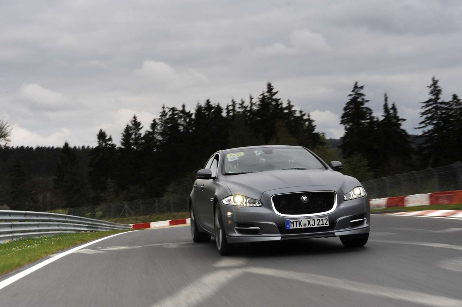 Jaguar XJ Supersport V8 Ring Taxi
