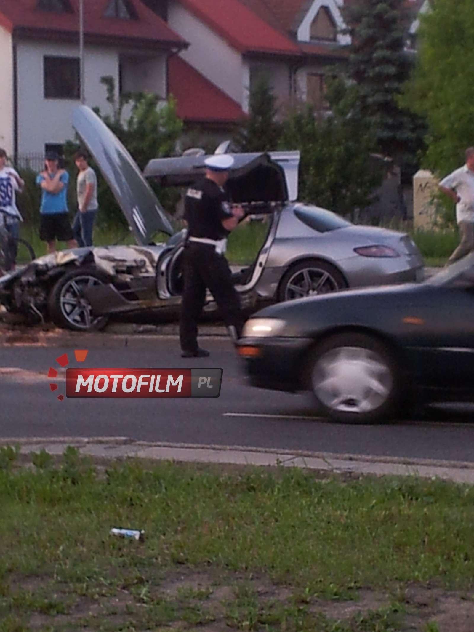 Mercedes SLS AMG wypadek Polska