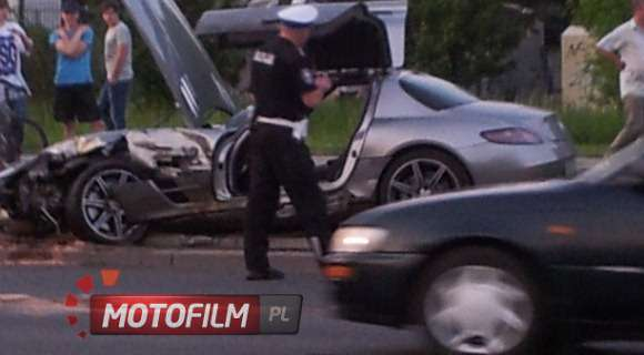 Mercedes SLS AMG crash