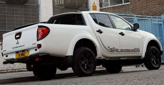 Mitsubishi L200 Barbarian Black Edition