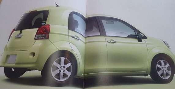 Toyota Porte wyciek broszury