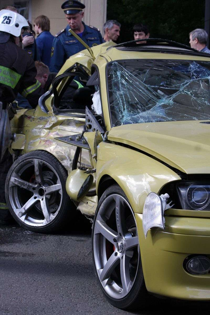 BMW M Club crash