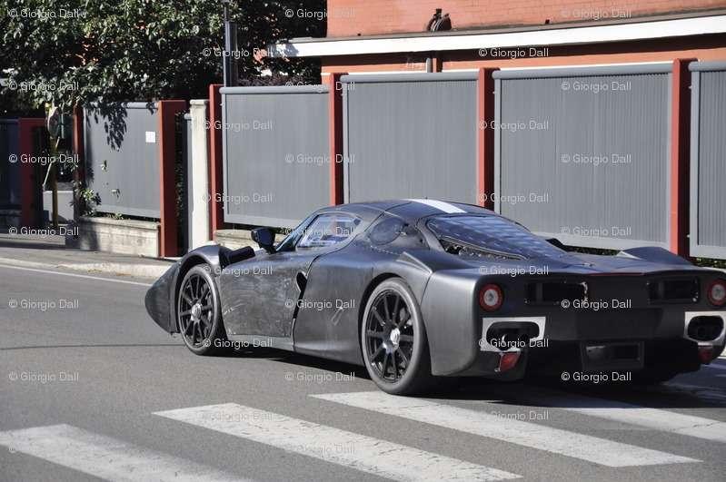 Ferrari Enzo F70 zdjęcia szpiegowskie