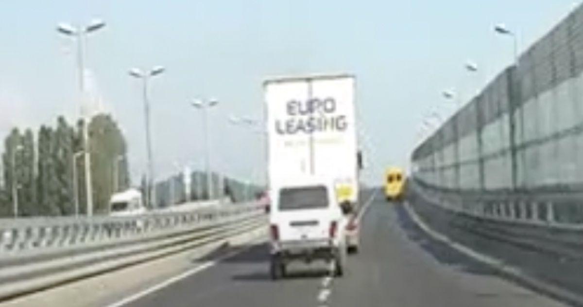 Jazda na ogonie ciężarówki, wypadek