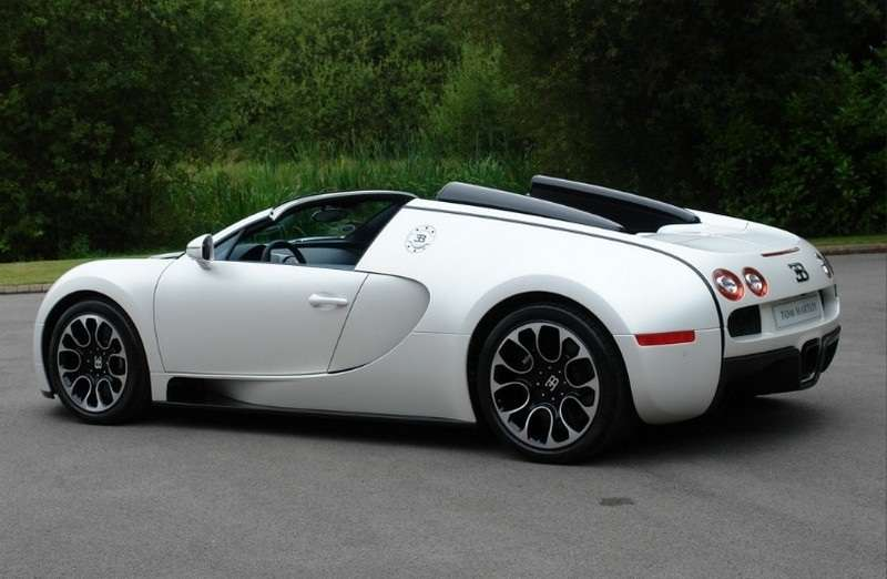 Bugatti Veyron Grand Sport Sang Blanc