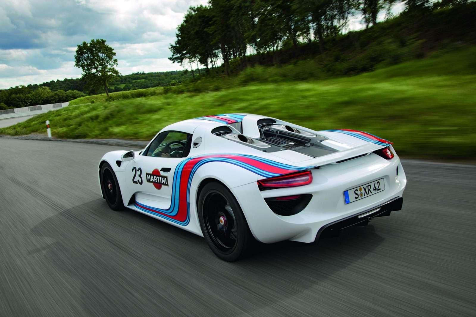 porsche-918-hybrid-martini-racing_03.jpg