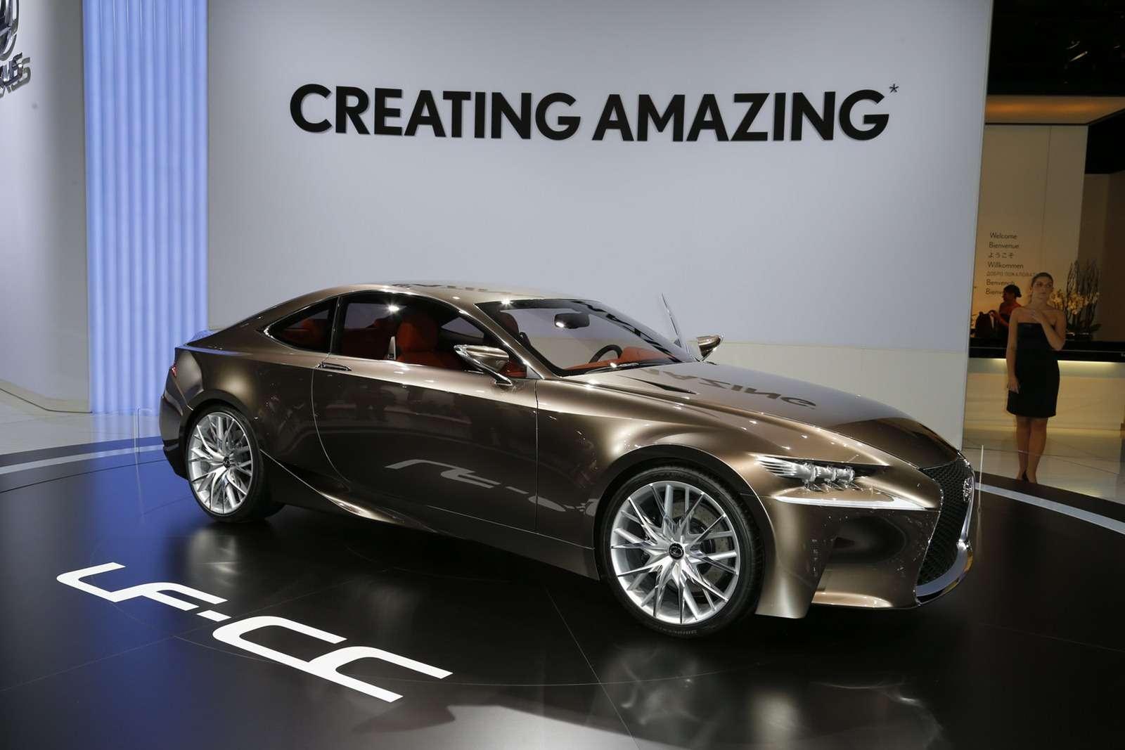 Lexus LF-CC Concept Paryż 2012