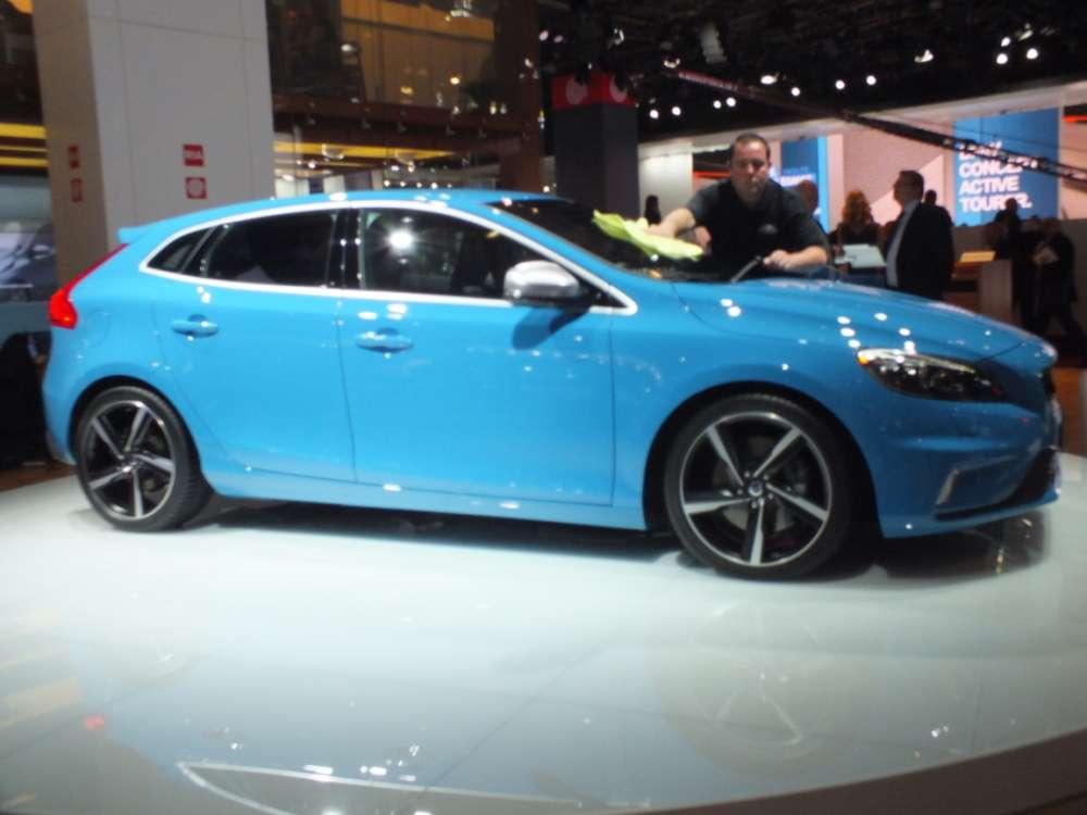 Volvo V40 R-Design Paryż 2012