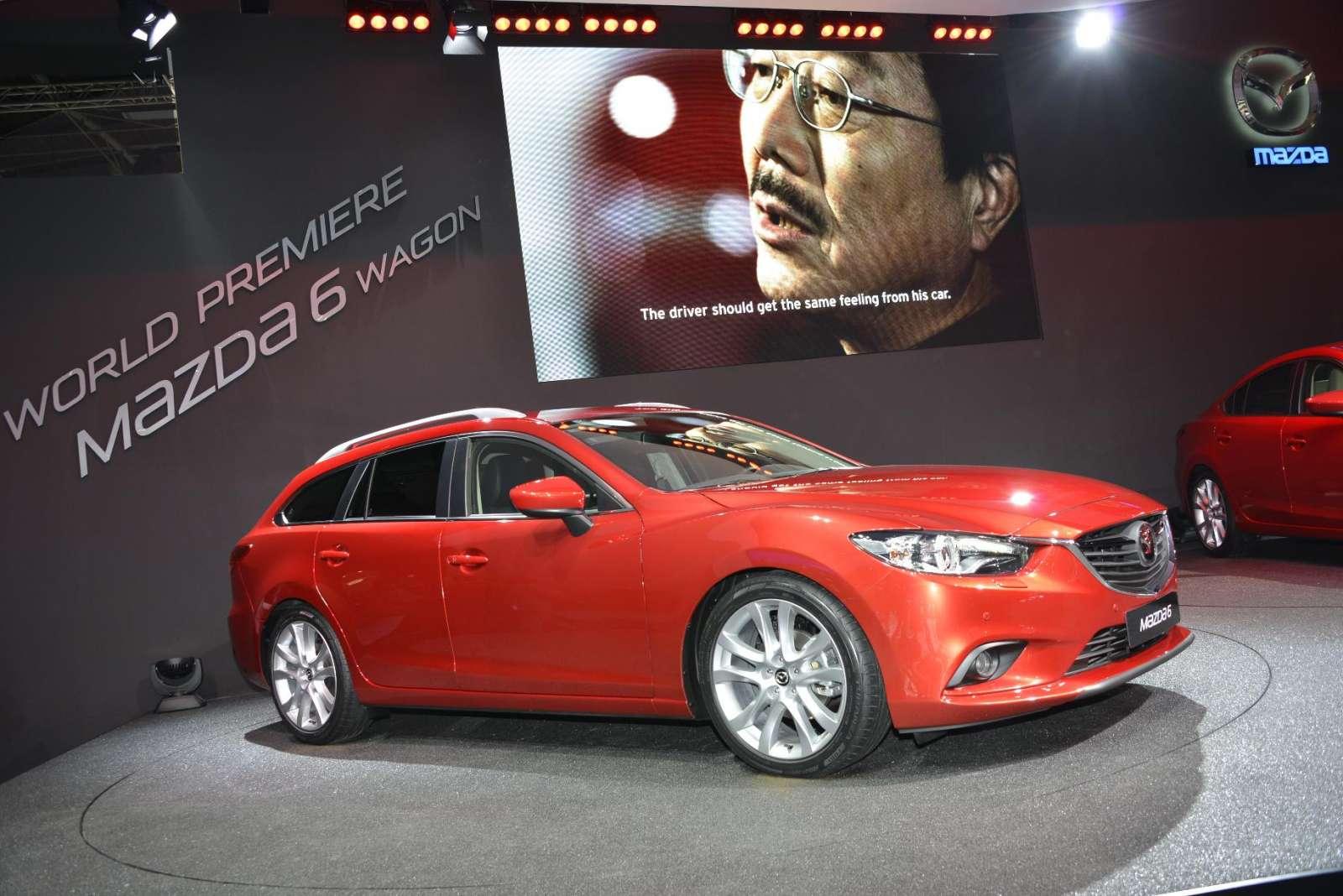 Mazda6 Live in Paris 2012