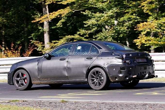 Mercedes C63 AMG 2014 zdjęcia szpiegowskie