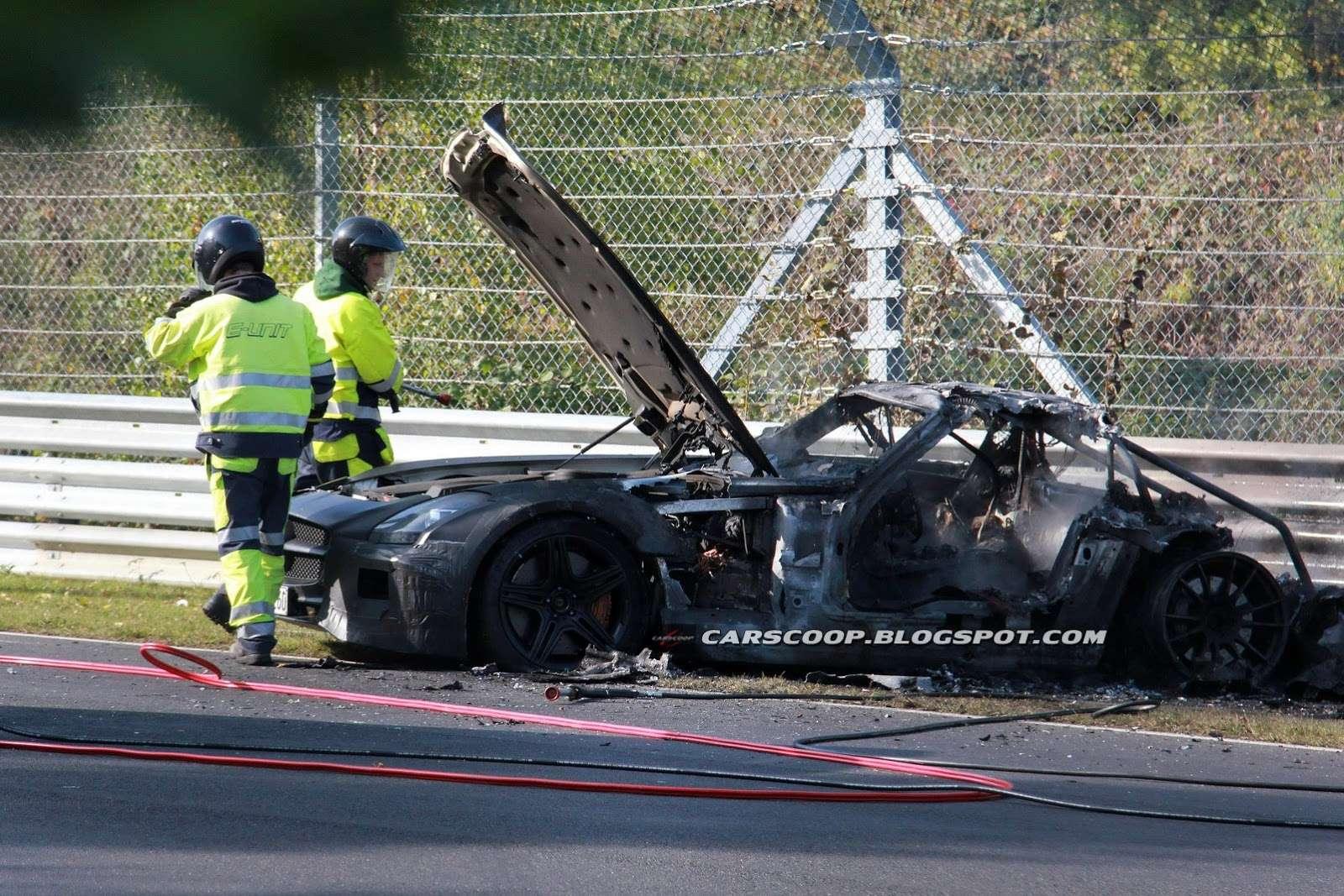 Mercedes SLS AMG Black Edition spalił się na Nurburgring