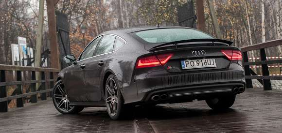 Audi S7 Sportback Czterodrzwiowe Luksusowe Coupe Z 4 0 L V8 Biturbo O Mocy 420 Km Test Motofilm Pl