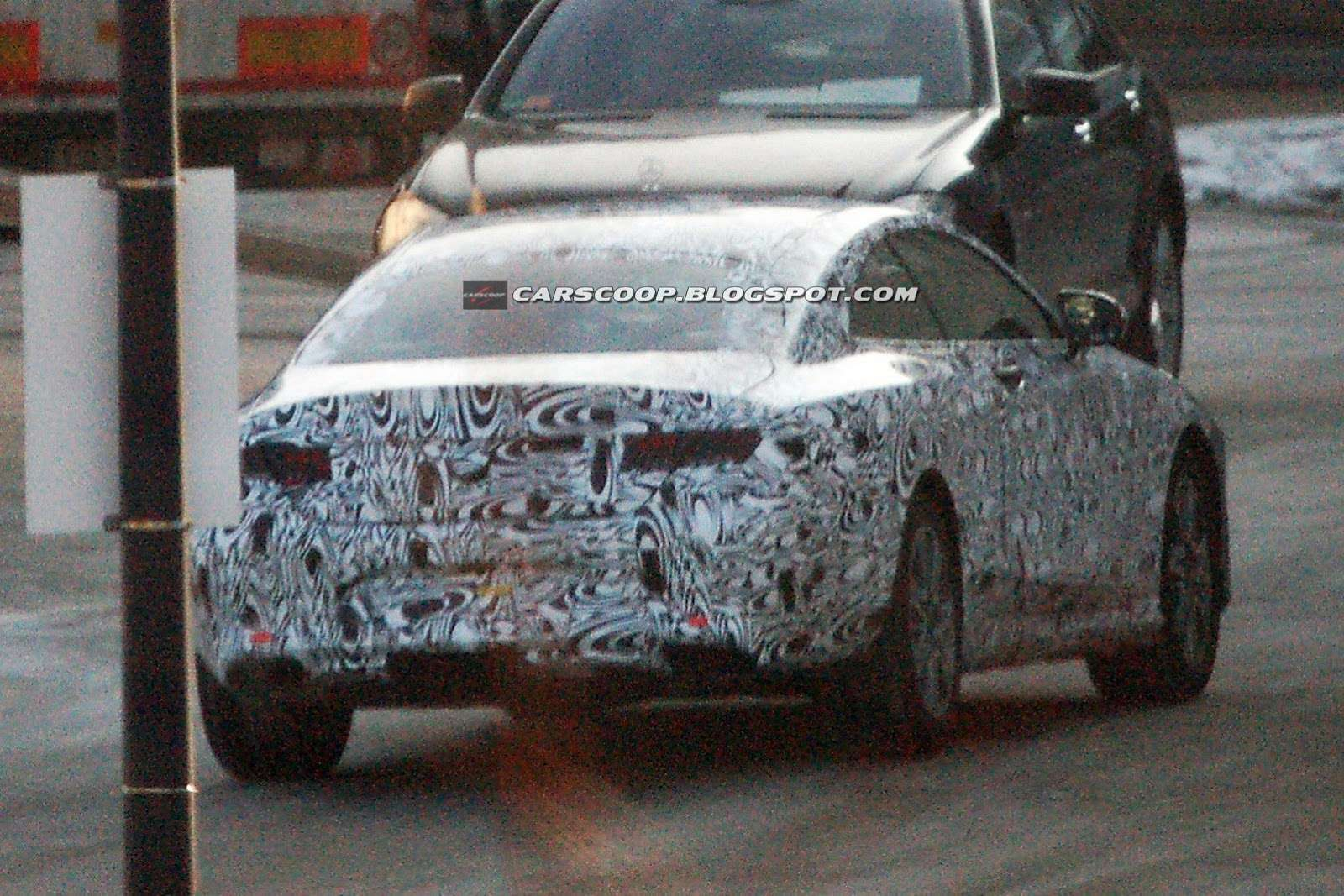 Mercedes klasy S Coupe szpiegowskie