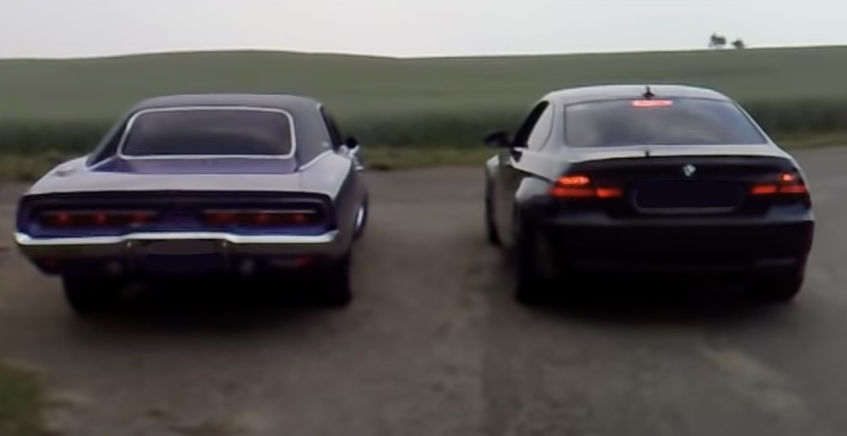 Dodge Charger vs BMW M3 e92