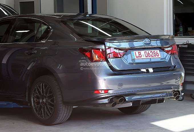 Lexus GS F szpiegowskie