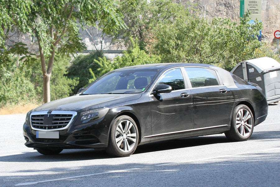 Mercedes-Benz S-Class 2014 with extra-long wheelbase Spy Photos