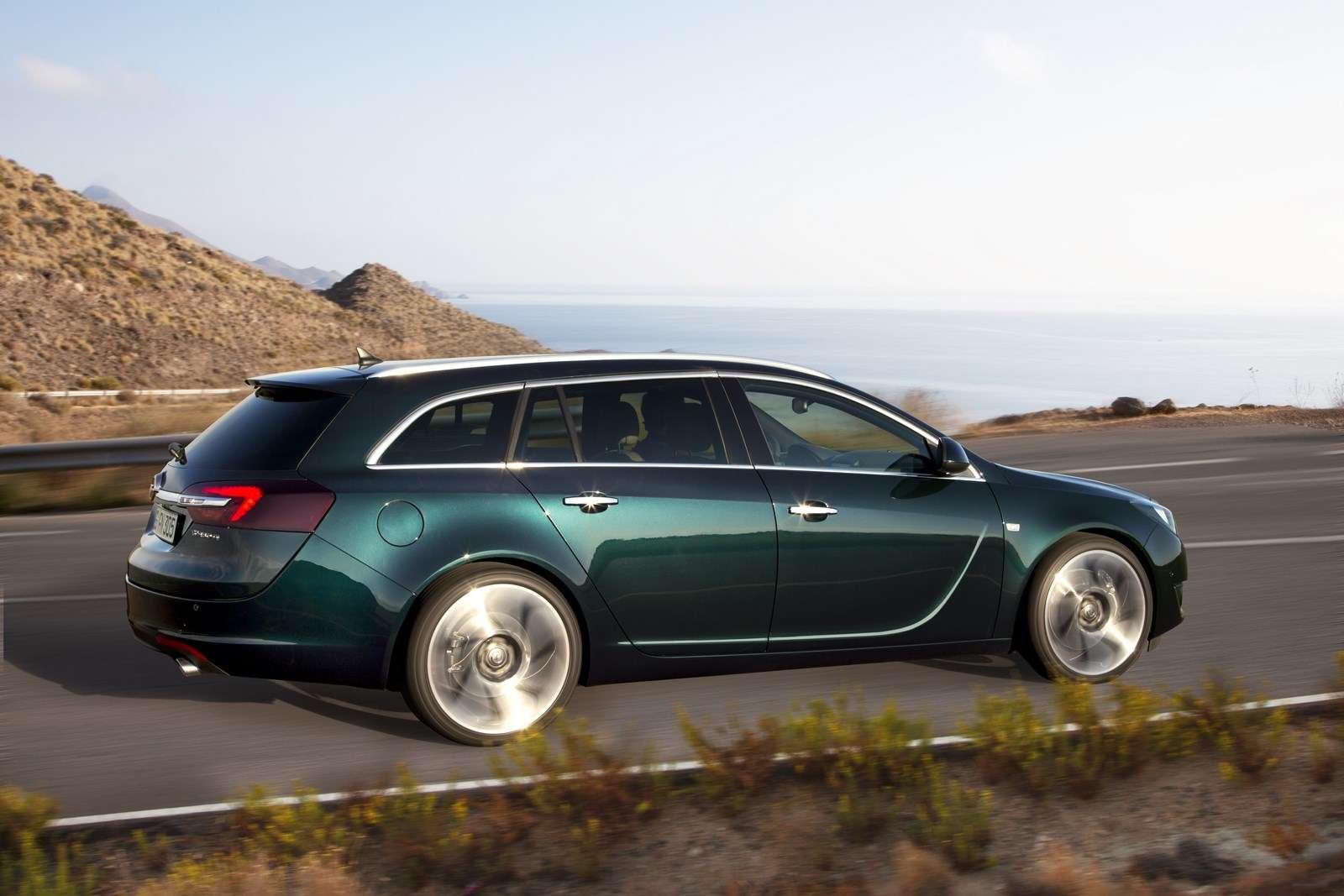 Opel Insignia Sports Tourer 2013 Facelift