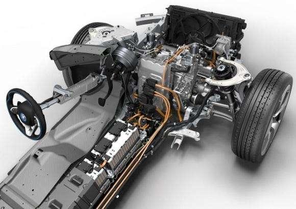 BMW i8 2014 silnik