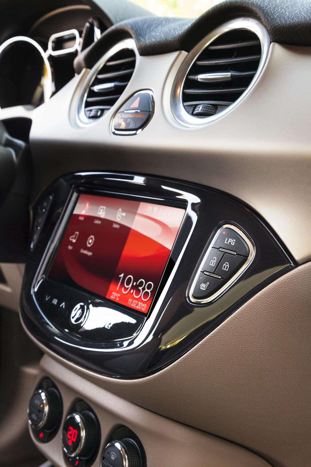 Opel Adam LPG 2013