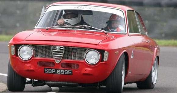 Alfa Romeo GTA-R