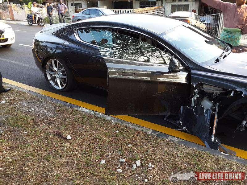 Aston Martin Rapide S crash