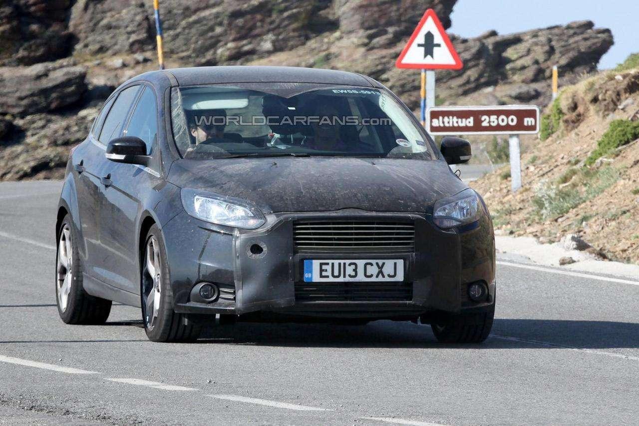 Ford Focus ST 2014 szpiegowskie