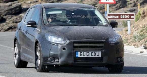 Ford Focus ST 2014 szpiegowskie facelift