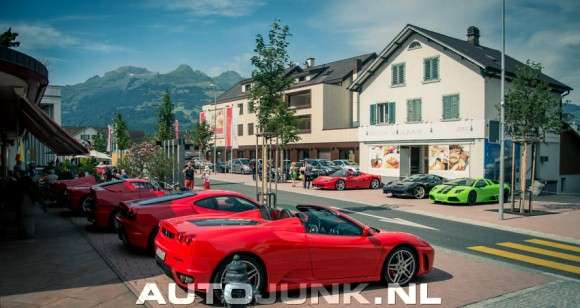 Dużo Ferrari w jednym miejscu combo